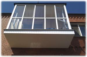 Обшивка и ремонт балконов