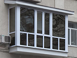 Французский балкон со стеклом