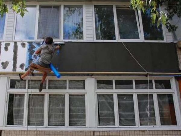 Утепляем снаружи балкон своими руками.